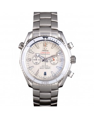 Omega James Bond Skyfall Chronometer Watch with White Dial and White Bezel om228 621380